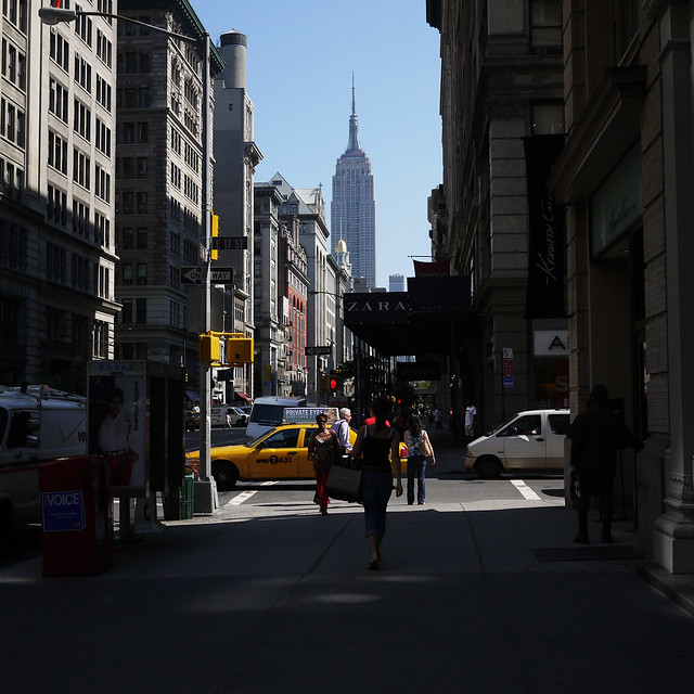 Awesome morning sans humidity #walkingtoworktoday on 5th ave