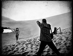 Memory: Dunhuang  (Ha-r-bin) Tags: china bw pond sand dunes gansu 2007 dunhuang    crescentpond yueyachi