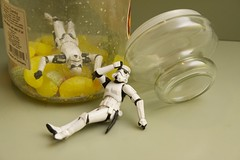 Regrets (-spam-) Tags: canon toy starwars bokeh plastic stormtrooper 365 spacetrooper 1770mm 40d lifeonthedeathstar