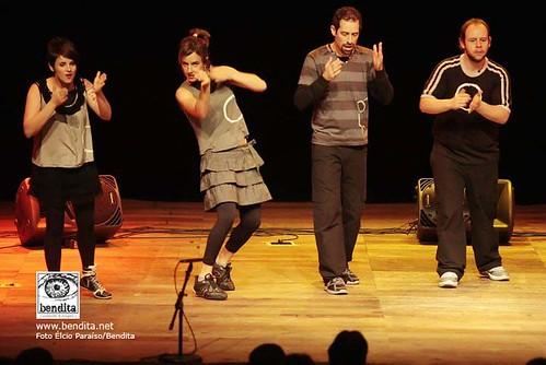 BARBATUQUES - O Grupo de percussão corporal se apresenta dentro do Projeto Música para Crianças da ArteLivre Produção e Comunicação que faz parte do projeto Diversão em Cena no Teatro Dom Silvério em Belo Horizonte MG. 11/09/2010. FOTO ÉLCIO PARAÍSO/BENDITA
