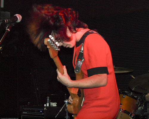 09.15.10 Screaming Females @ Knitting Factory (21)