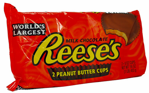 World's Largest Milk Chocolate Reese's Peanut Butter Cup