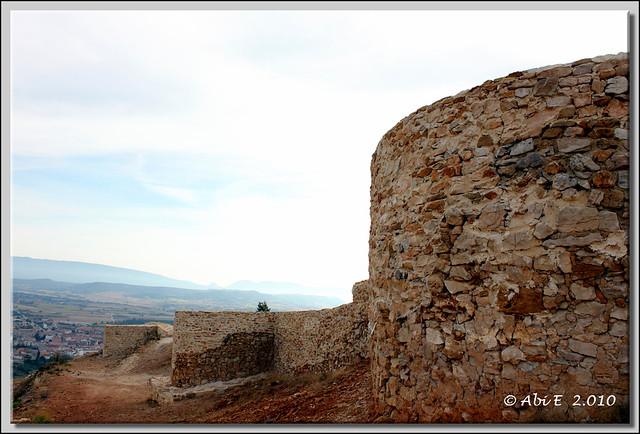 Castillo de Tedeja (Trespaderne al fondo)