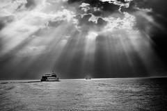 battelli (mbeo) Tags: sun lake lago boat ascona bn rays sole lagomaggiore raggi battelli mbeo