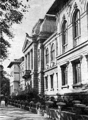 Liceu Petru si Pavel - 9