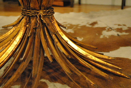 Wheat Sheaf Table