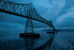 Astoria-Megler Bridge (laughlinc) Tags: bridge reflection window water oregon sunrise river landscape still quiet view calm pacificocean columbiariver astoria pacificnorthwest waterscape astoriameglerbridge holidayinnexpress viewfromawindow nikond80 impressedbeauty platinumheartaward thechallengefactory flickraward laughlinc platinumpeaceaward