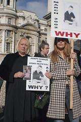 Yvonne Sholes & supporter