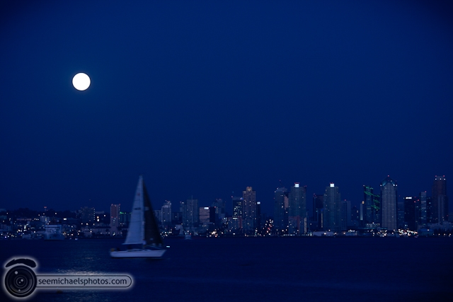 Harvest Moon at Shelter Island 92310 © Michael Klayman-003