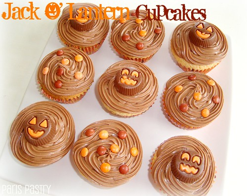 jack o lantern cupcakes peanut butter cupcakes with chocolate frosting
