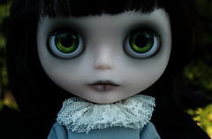 Evie with her green eyes (Zaloa27) Tags: art halloween face dark photography doll ghost pale blythe custom batwings rbl bigeyedoll handpaintedeyechips zaloa27 nostalgicpop