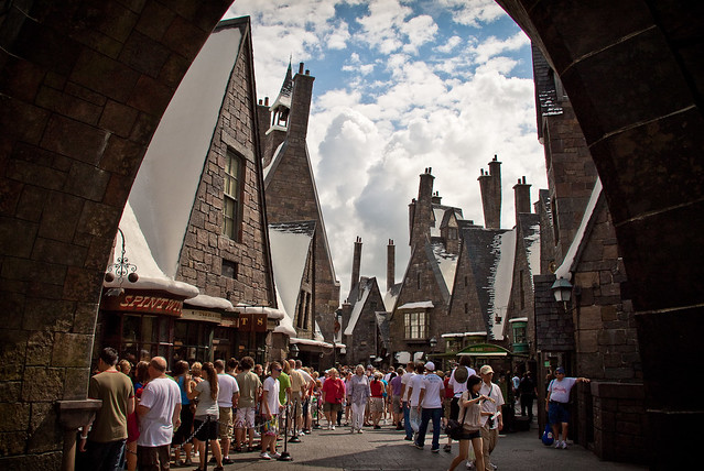The Wizarding World of Harry Potter: Hogsmeade Village