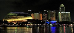 View from the Singapore One Fullerton (Joe Joe 12 (Very Busy)) Tags: sea reflection building water night marina canon river landscape hotel singapore asia esplanade cbd centralbusinessdistrict marinacentre theatresonthebay