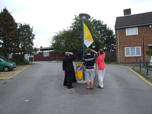 papal flag 011