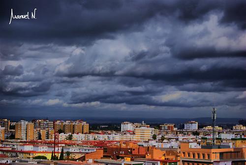 Nubes de otoño en Sevilla