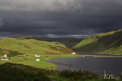 Autunno in Scozia (PaoloTezzon  PHOTOGRAPHER) Tags: uk travel scotland isleofskye bluesky polarized hoya nikond90 tamron1750vcf28