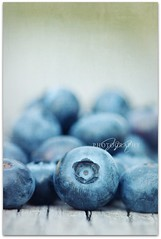 Blueberries (*Marta) Tags: fruits vertical closeup table pastel abundance foodanddrink blueberries freshness healthyeating oudoors
