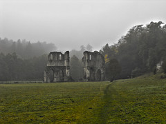 Roache Abbey on a misty morning (Bob@langold) Tags: monk roacheabbey