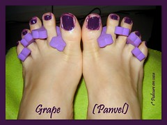 Grape (Panvel) -> 1 Pedicure em casa! (Julia   Vris) Tags: polish ps pedicure nailpolish uva grape roxo esmaltes esmalte panvel cremoso