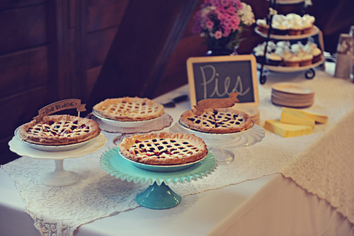 wedding-pie-buffet