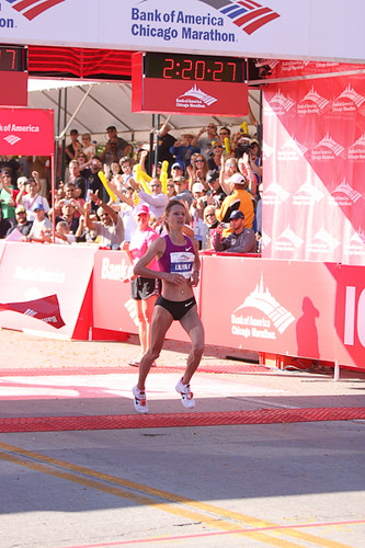 Liliya Shobukhova successfully defended her Chicago Marathon title 10-10-10
