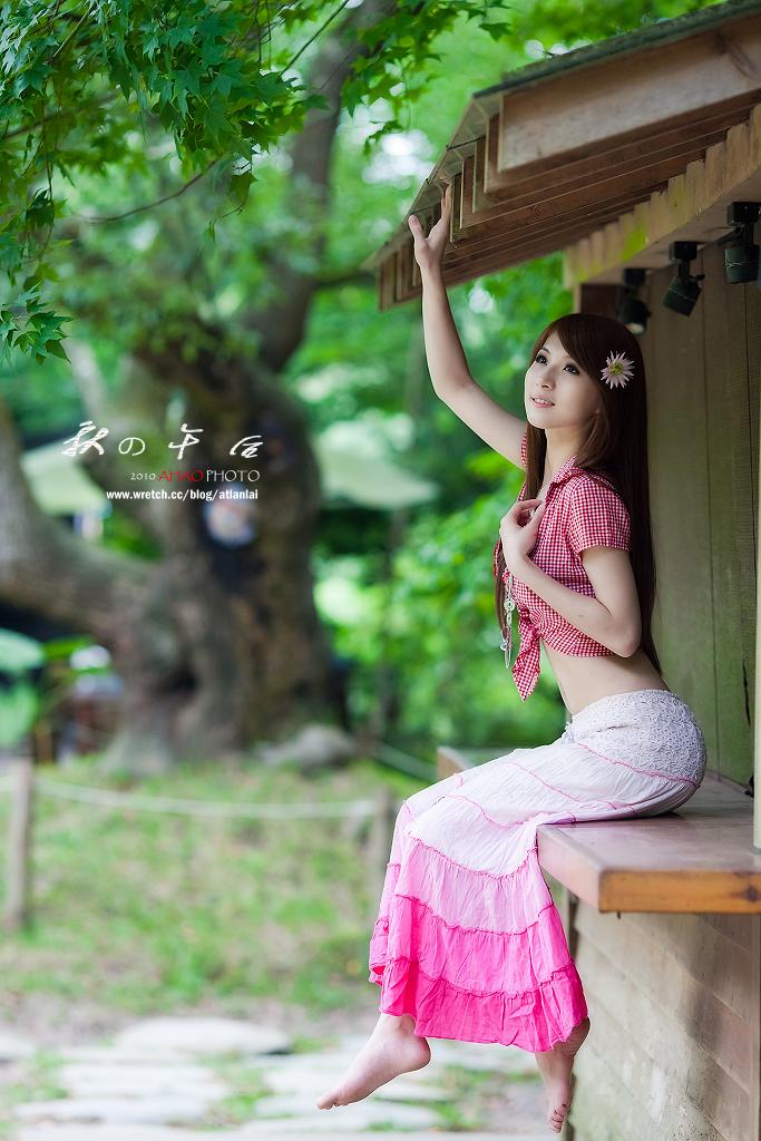 http://farm5.static.flickr.com/4113/5073426223_e46059d41d_o.jpg