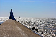 Our Daily Challenge: Sunday (Sue90ca Much Too Busy!!) Tags: canon lakeerie rebelxsi ourdailychallenge