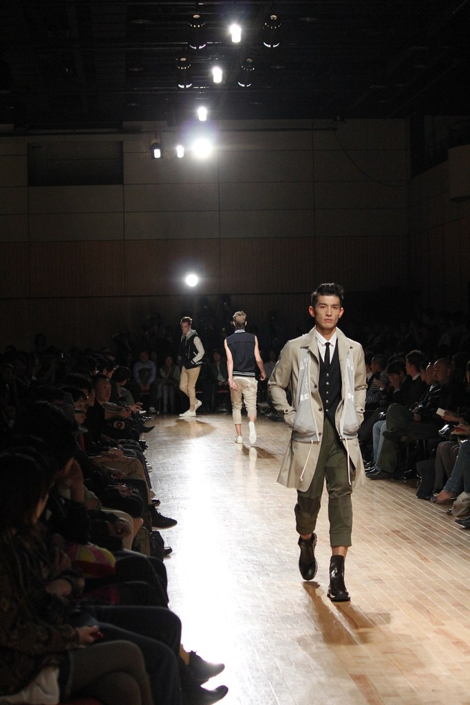 "ato Collection ""Japan Fashion Week in TOKYO 2010 (4)"