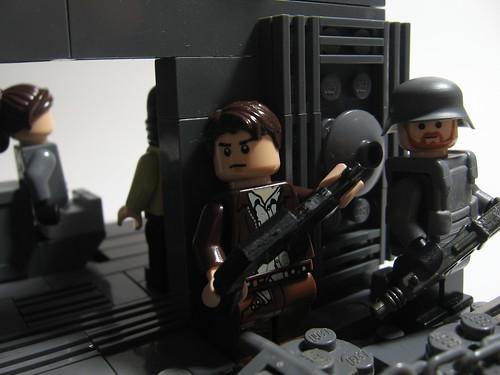 Brickpocaplypse! Break In.... 5168443836_b738eec1a3