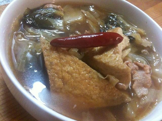厚揚げとキャベツの豚バラ煮込み。 #jisui