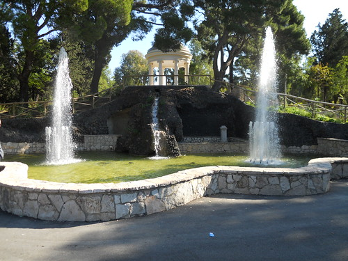 Foggia Parco Wojtyla-Fontana by gpopolo, on Flickr
