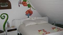 Dortoir Jardin - Dortoir avec 1 lit double et 6 lits simples.