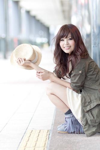 フリー写真素材, 人物, 女性, アジア女性, ファッション, 帽子・キャップ,