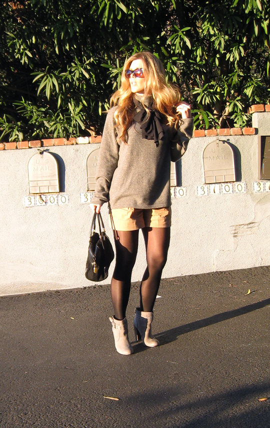 shorts and tights to work+dressed up shorts with tights and boots