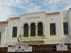 Harston's, Napier