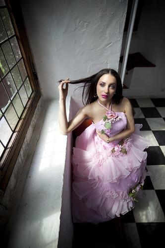 フリー写真素材, 人物, 女性, ウエディングドレス, 窓辺,