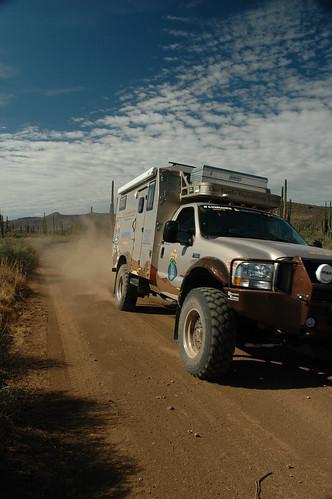 Baja 1 2005659