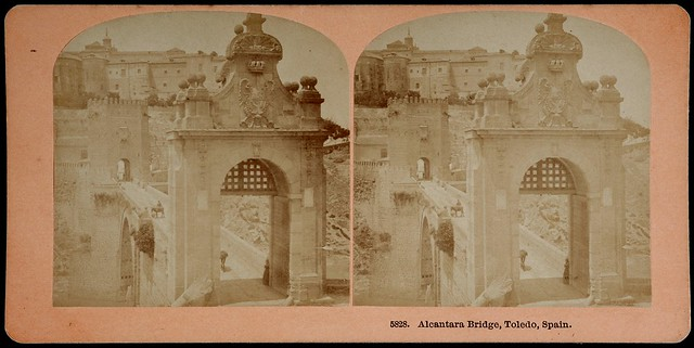 Puente de Alcántara hacia 1890. Fotografía estereoscópica de Benjamin West Kilburn. Museum of New Zealand Te Papa Tongarewa, Te Papa, Wellington, New Zealand