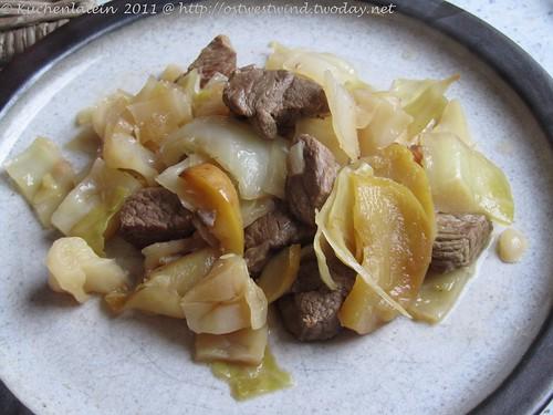 Weißkohl mit Lamm und Apfel 002
