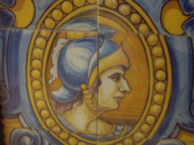 Azulejería de los urinarios de Zocodover obra de Sebastián Aguado conservada en el restaurante Los Cuatro Tiempos