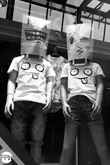 Paper bag youth (Frankhuizen Photography) Tags: paper bag youth weert netherlands 2017 zwart wit black white zw bw street straat fotografie photography paspop mannequins coolcat papieren zak jeugd ngc