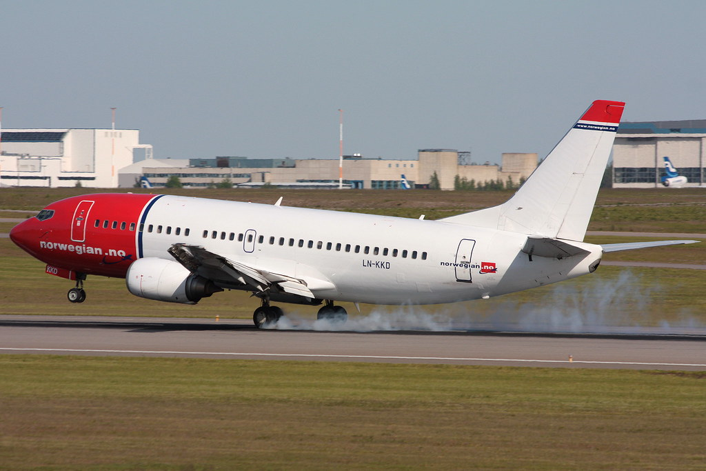Norwegian Air Shuttle - LN-KKD - Boeing 737-33V