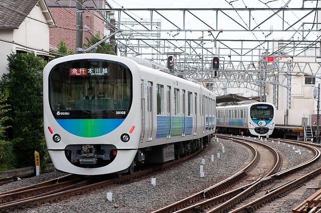 西武鉄道新宿線30000系 38108F