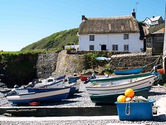 Cadgwith Harbour, Cornwall (saxonfenken) Tags: port boats fishing cornwall harbour cottage 300 thumbsup bouy buoyant cadwith pregamesweepwinner 300boats