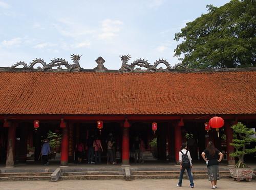 越南文廟-國子監-賢明園中央禮堂外觀