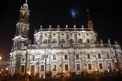 Hofkirche, Dresden (Tobi_2008) Tags: church germany deutschland lights dresden nightshot saxony sachsen allemagne eglise germania lichter nachtaufnahme hofkirche