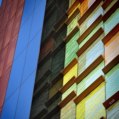 MILANO gheoMETRICA 2-4 (Damiano_cipoClick) Tags: urban italy abstract milan colors lines architecture nikon dcc diagonal explore reflextion architexture damianocipoclick gheometry