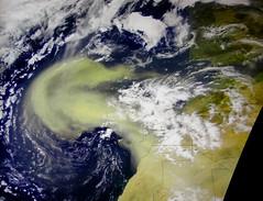 Tormenta de polvo desde el Sahara.Marte-Tierra. Una anatom
