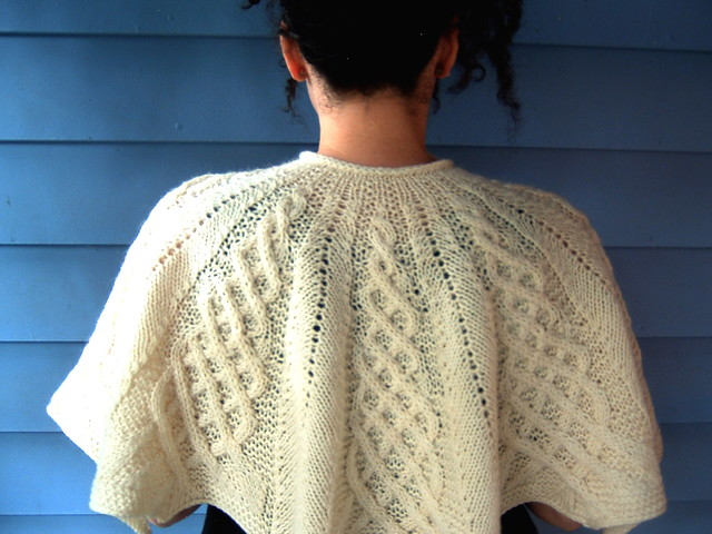 http://www.ravelry.com/patterns/library/kathy-kelly-cabled ...