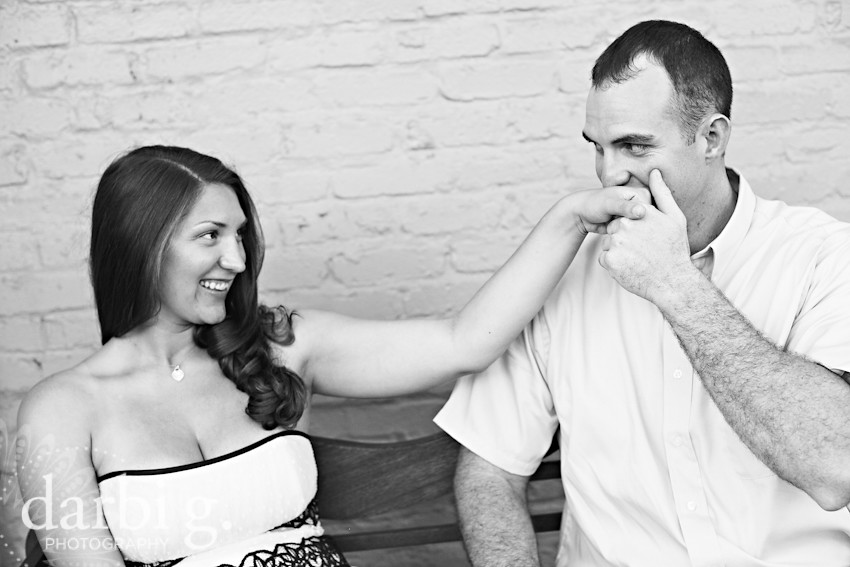 DarbiGPhotography-Kansas City wedding photography-engagement photography-Kansas City Country Club Plaza-110
